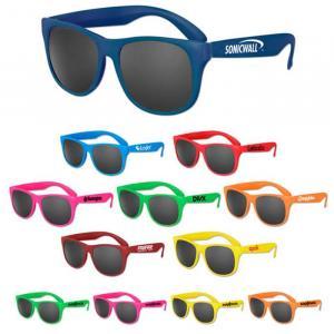 Solid Classic Sunglasses